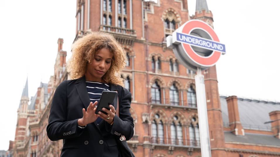 Uber Public Transport for real-time bus, Tube and train